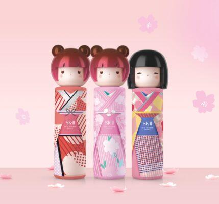 Nước thần búp bê Kokeishi Kimono
